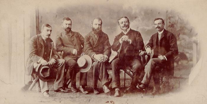 Grupo do Cenáculo Eça de Queiroz, Oliveira Martins, Antero de Quental, Ramalho Ortigão, Guerra Junqueiro